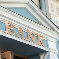 Different Types of Risks That Banks Face